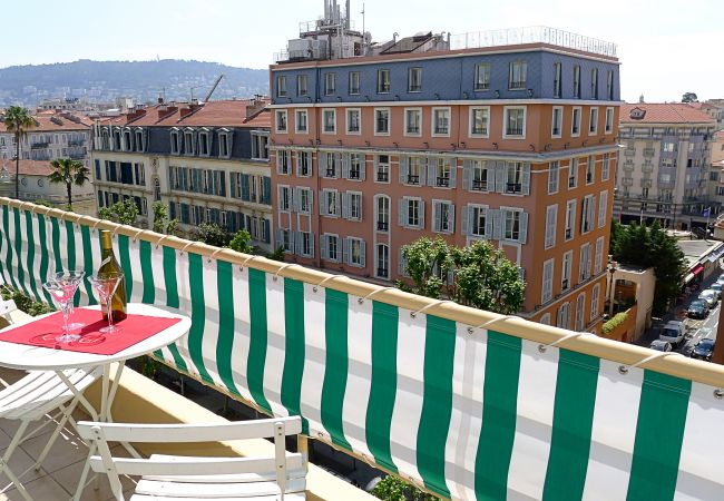 Apartment in Nice - VILLA DUBOUCHAGE AP2066